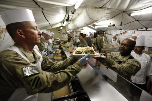 ThanksgivingUS_Troops_